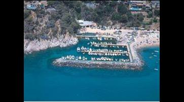 1542201017587_club_nautic_cala_canyenlles1.jpeg