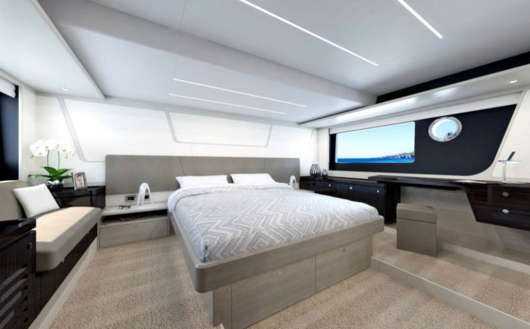 Absolute Yachts 62 FLY cabin