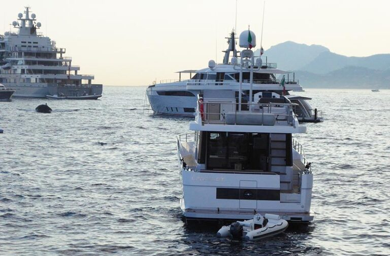 titulo-capitan-yate-superyachts-and-tenders